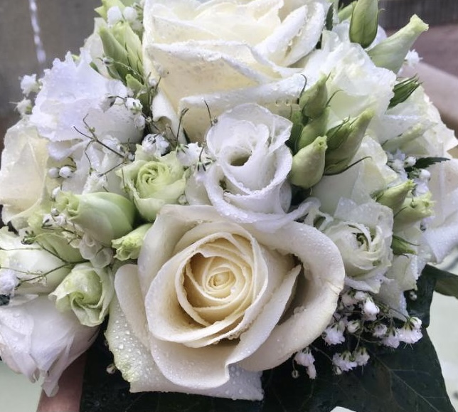 bouquet rond mariage fleuriste Saint Cloud le Chapelin Fretz