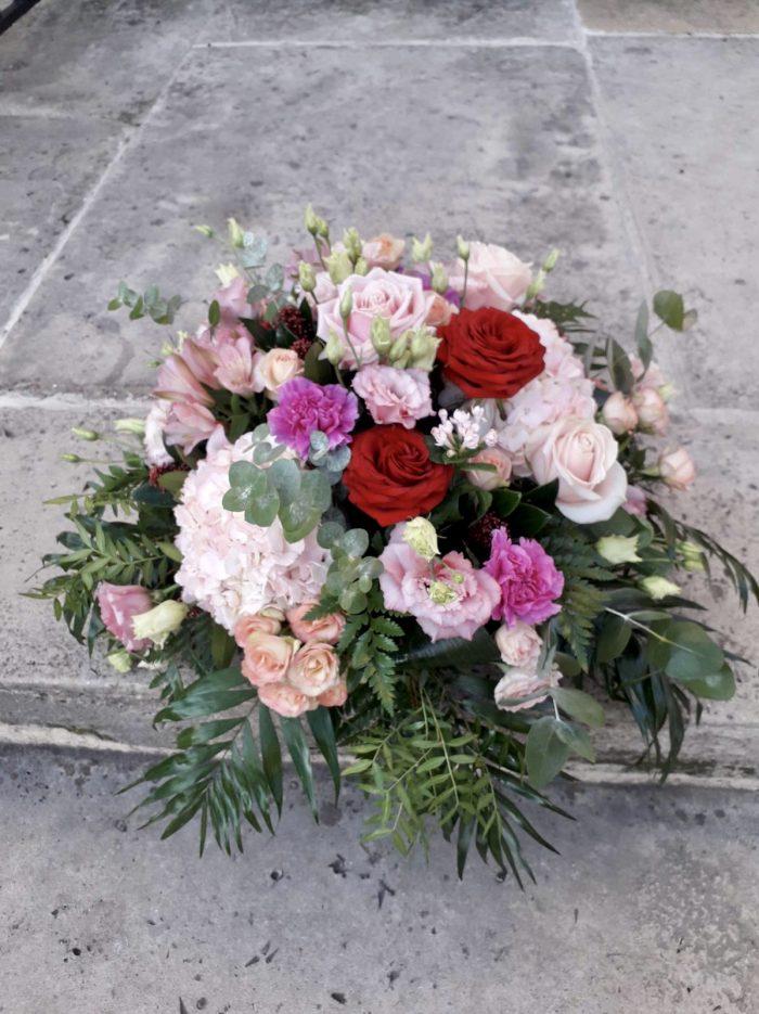 gerbe fleurs deuil rose et rouge Saint Cloud le Chapelin Fretz
