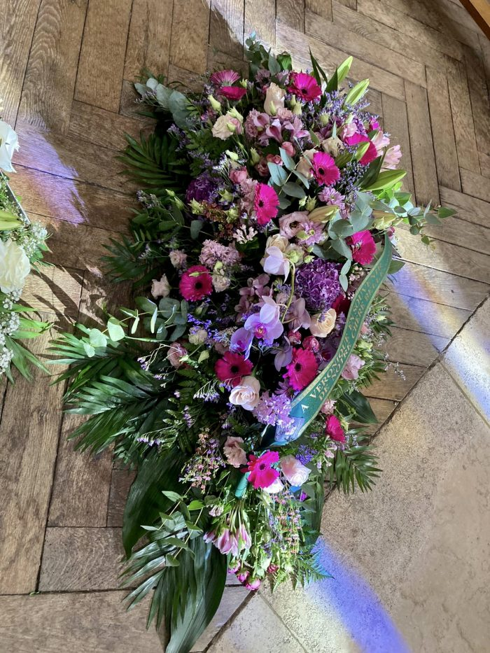 bouquet violet deuil Saint Cloud le Chapelin Fretz