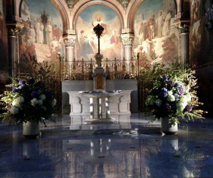 église Saint Cloud fleuriste mariage le Chapelin Fretz